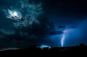 Καιρός: Για 10η μέρα καταιγίδες στη χώρα – Έντονα φαινόμενα στην Αθήνα