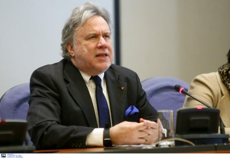 Κατρούγκαλος: Μηνύματα στην Τουρκία για την κυπριακή ΑΟΖ