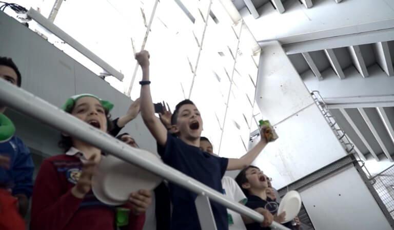 Οι μικροί φίλοι της «Κερkidα ΟΠΑΠ» σβήνουν κεράκια στο γήπεδο! video