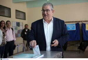 Εκλογές 2019: Ψήφισε στην Νέα Ιωνία ο Δημήτρης Κουτσούμπας