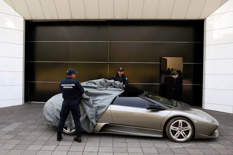 Κατασχεμένα supercars θα γίνουν επίδομα για φτωχούς πολίτες