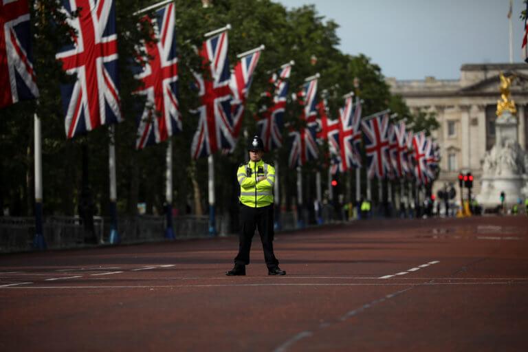 Λήξη συναγερμού στο Λονδίνο – Το ύποπτο αντικείμενο δεν ήταν… ύποπτο