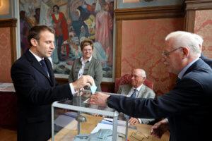 Ευρωεκλογές 2019: Συνάντηση Μακρόν – Σάντσεθ στο Παρίσι