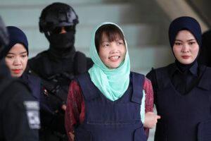 Ελεύθερη και η Ντόαν Θι Χουόνγκ για τη δολοφονία του αδερφού του Κιμ