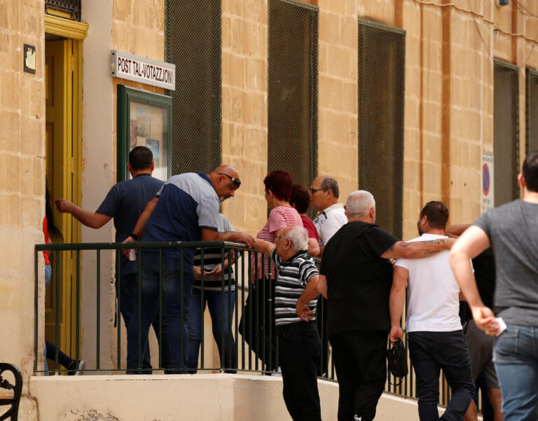 Ευρωεκλογές 2019: Το πρώτο αποτέλεσμα ήρθε από τη… Μάλτα