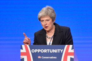 Βρετανία: Καμιά απόφαση (ακόμα) για απομάκρυνση της Μέι