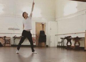 """""""Τρελός"""" Μικ Τζάγκερ, χορεύει σαν… παλικαράκι λίγο μετά την εγχείρηση καρδιάς! video"""