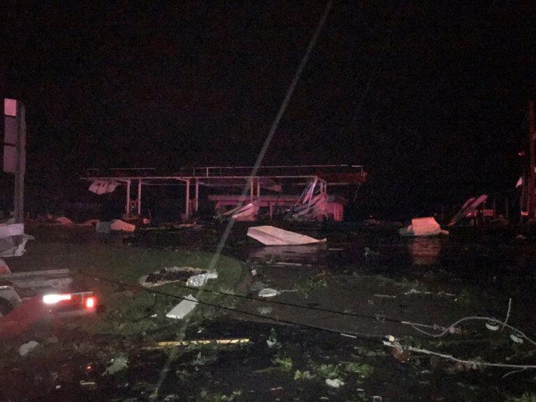 Χάος στο Μιζούρι από ανεμοστρόβιλο φονιά – Τρεις νεκροί, μεγάλες καταστροφές