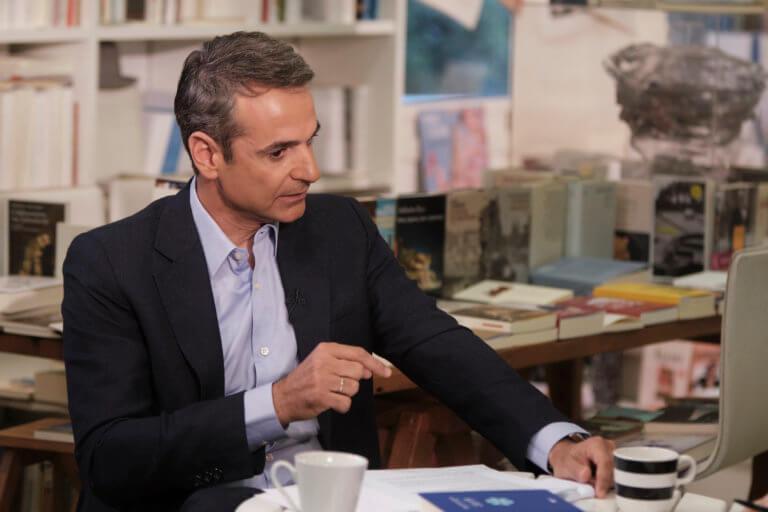 """Οργή Μητσοτάκη για το """"Arbeit macht frei"""": Περίμενα από τον Τσίπρα να καταδικάσει"""