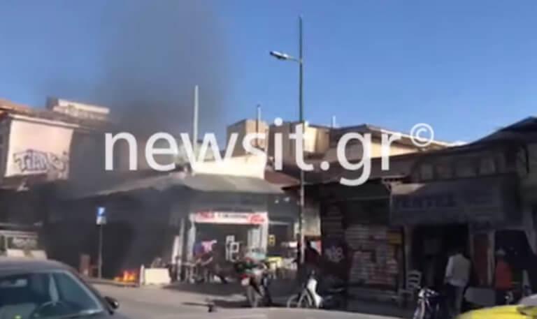Φωτιά σε κατάστημα στο Μοναστηράκι