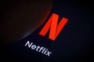 """Το Netflix έκοψε επίμαχη σκηνή στη σειρά """"13 Reasons Why"""""""