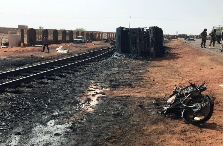 Νέο λουτρό αίματος στον Νίγηρα – Νεκροί 28 στρατιωτικοί σε ενέδρα κοντά στα σύνορα