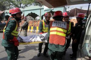 Πακιστάν: Ισχυρή έκρηξη σε ναό με οκτώ νεκρούς και 24 τραυματίες [pics]