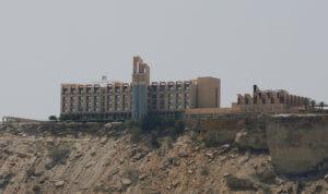 Πακιστάν: Ανεβαίνει ο τραγικός απολογισμός – 8 οι νεκροί από την επίθεση στο πολυτελές ξενοδοχείο