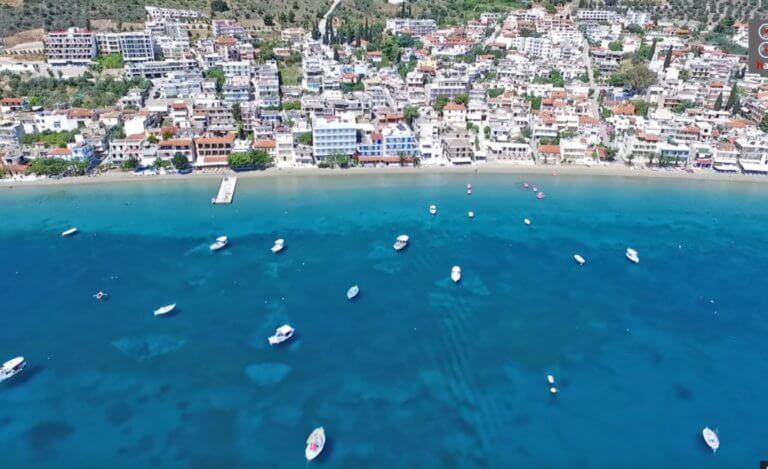 Αργολίδα: Η «Κόπα Καμπάνα» της Πελοποννήσου με την απέραντη παραλία