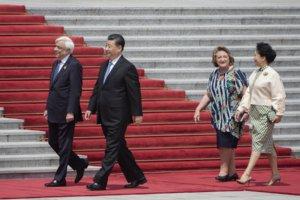 Στο Πεκίνο ο Προκόπης Παυλόπουλος – Θερμή υποδοχή από τον Κινέζο ομόλογό του [pics]