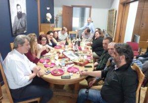 Πολάκης: Με… ποικιλίες και Άρη Βελουχιώτη τα γενέθλιά του στο υπουργείο!