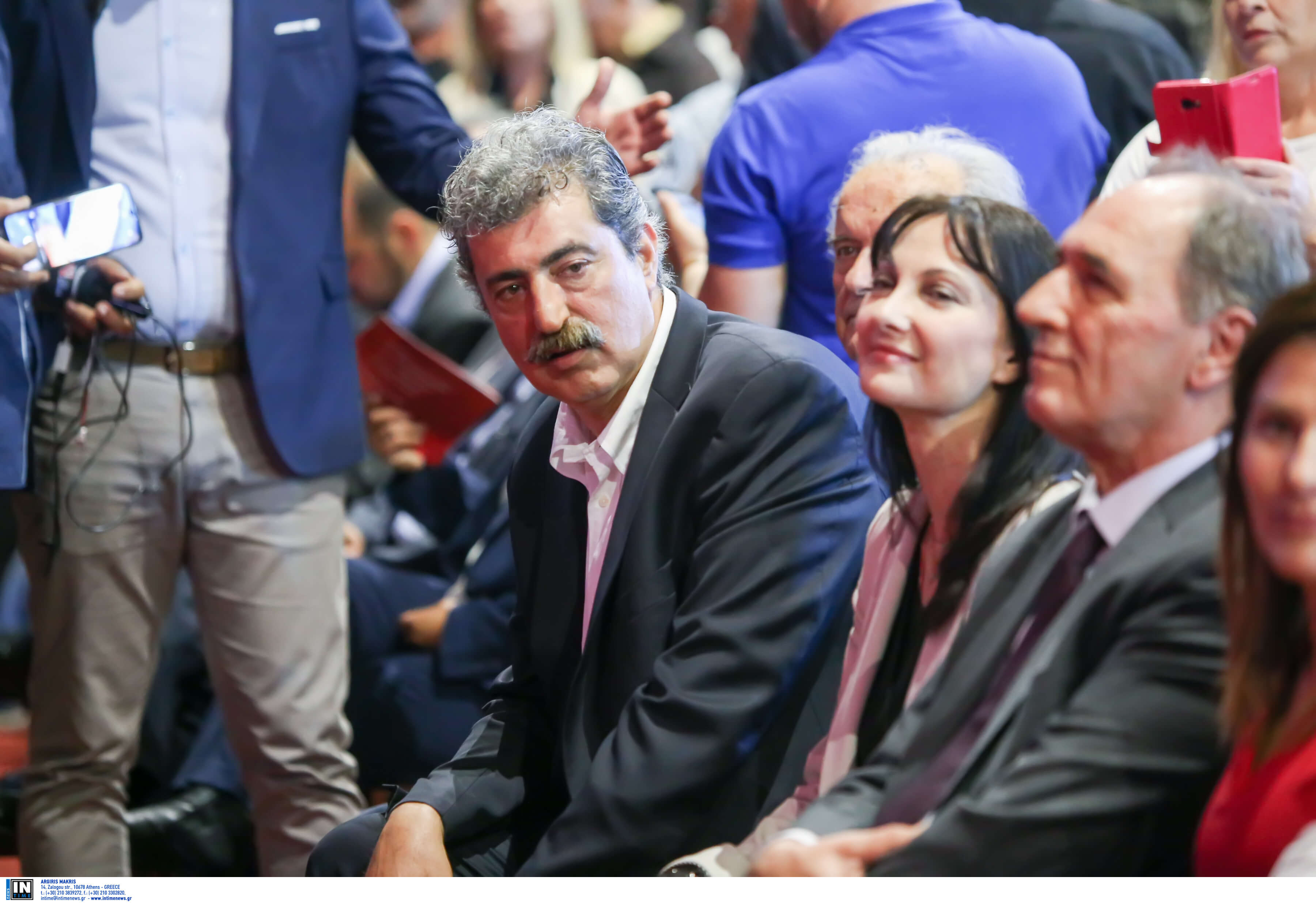 Με θωρείς που σε θωρώ; Το βλέμμα Πολάκη που έγινε… viral | Newsit.gr