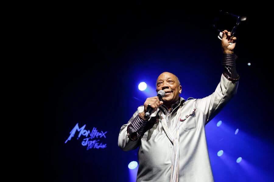 Ο Κουίνσι Τζόουνς αφαίρεσε από συναυλία του τα τραγούδια που είχε δώσει στον Μάικλ Τζάκσον