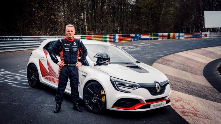Δείτε το μοναδικό ρεκόρ που πέτυχε το νέο Renault Mégane RS Trophy-R [vid]