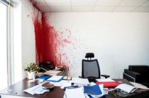 ΝΔ: «Οι σημερινές απειλές του Ρουβίκωνα συνιστούν πρωτοφανή επιβουλή κατά του δημοκρατικού πολιτεύματος…»!
