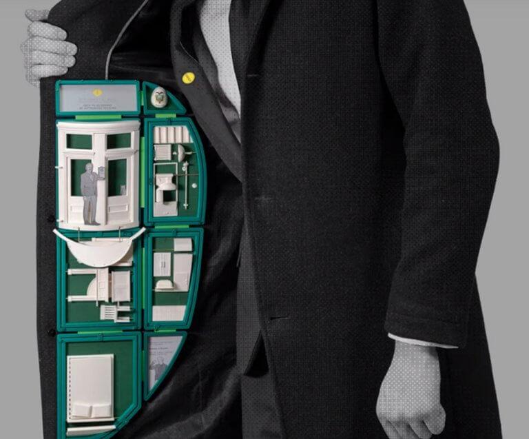 Το… τρισδιάστατο σακάκι του Τζούλιαν Ασάνζ έγινε το απόλυτο viral! video