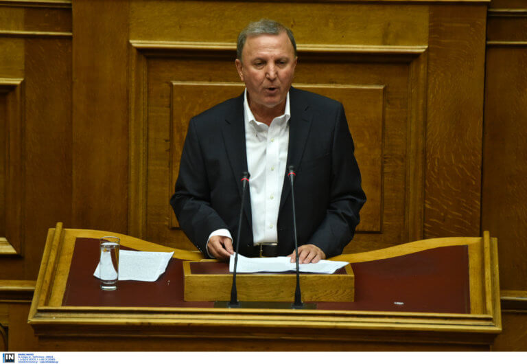 Ο Σάκης Παπαδόπουλος έσπασε το εμπάργκο στον ΣΚΑΙ