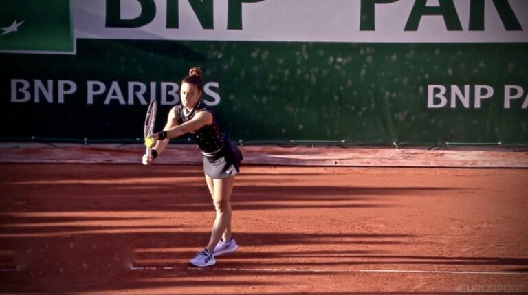 «Σίφουνας» η Σάκκαρη στο Roland Garros! Έκανε πλάκα στον πρώτο γύρο