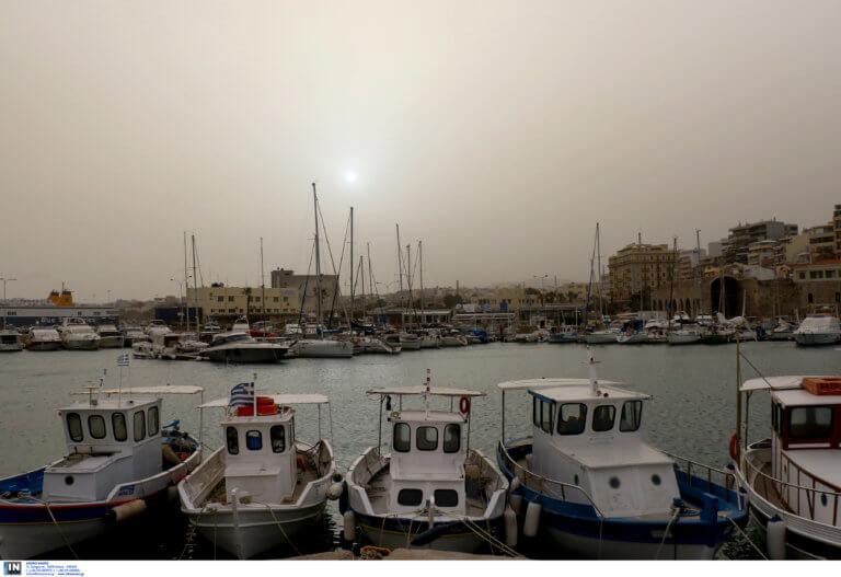 Καιρός: 30άρι θα χτυπήσει ο υδράργυρος – Δεν θα λείψουν και οι βροχές