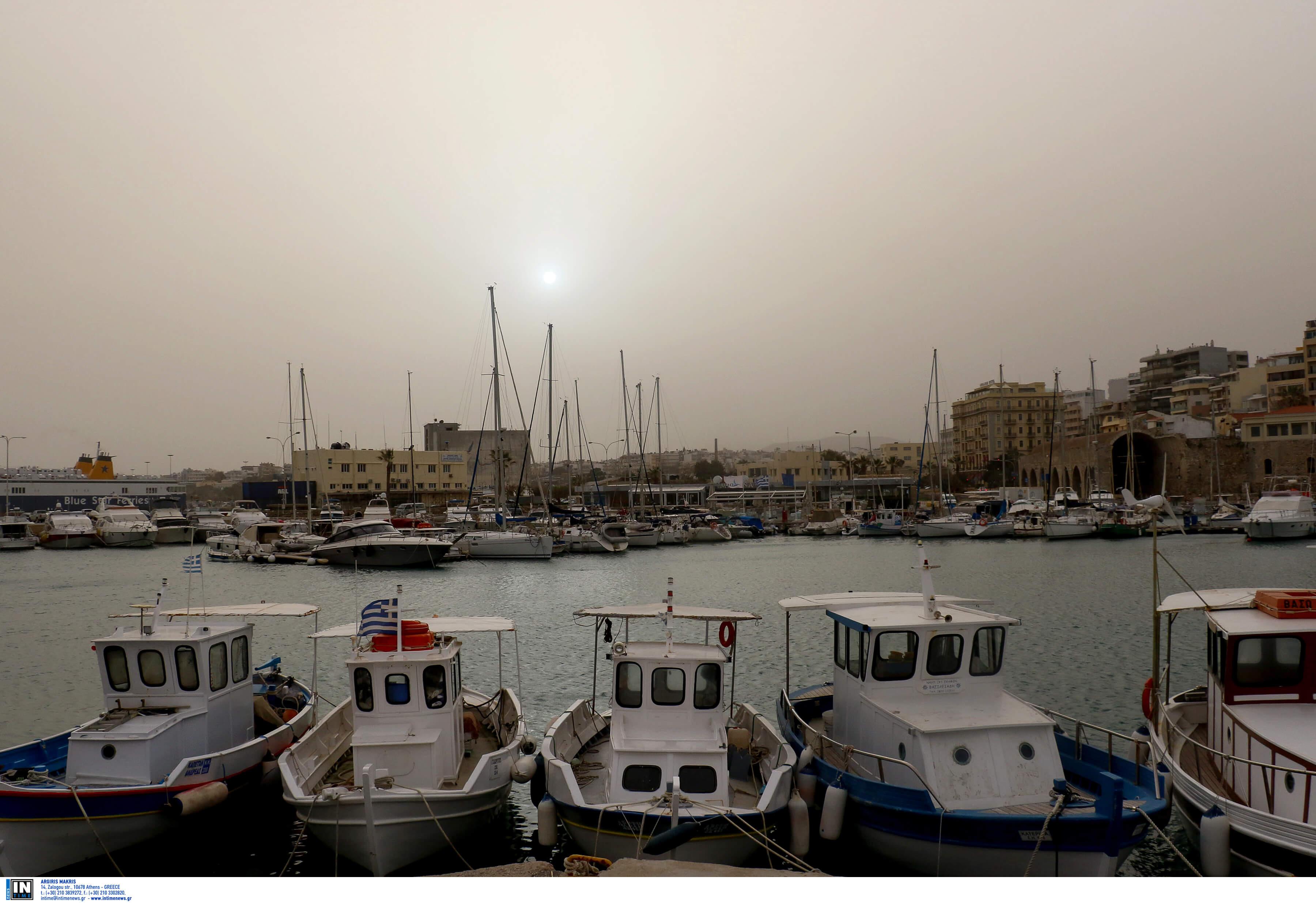 """Κρήτη: Μέχρι την Πέμπτη θα """"πνίγονται"""" στη σκόνη!"""