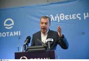"""Παραιτείται από την ηγεσία ο Θεοδωράκης – Δεν κατεβαίνει στις εκλογές το """"Ποτάμι"""""""