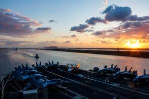 Κλιμακώνεται η ένταση στον Περσικό Κόλπο μετά τη δολιοφθορά σε εμπορικά πλοία [pics]