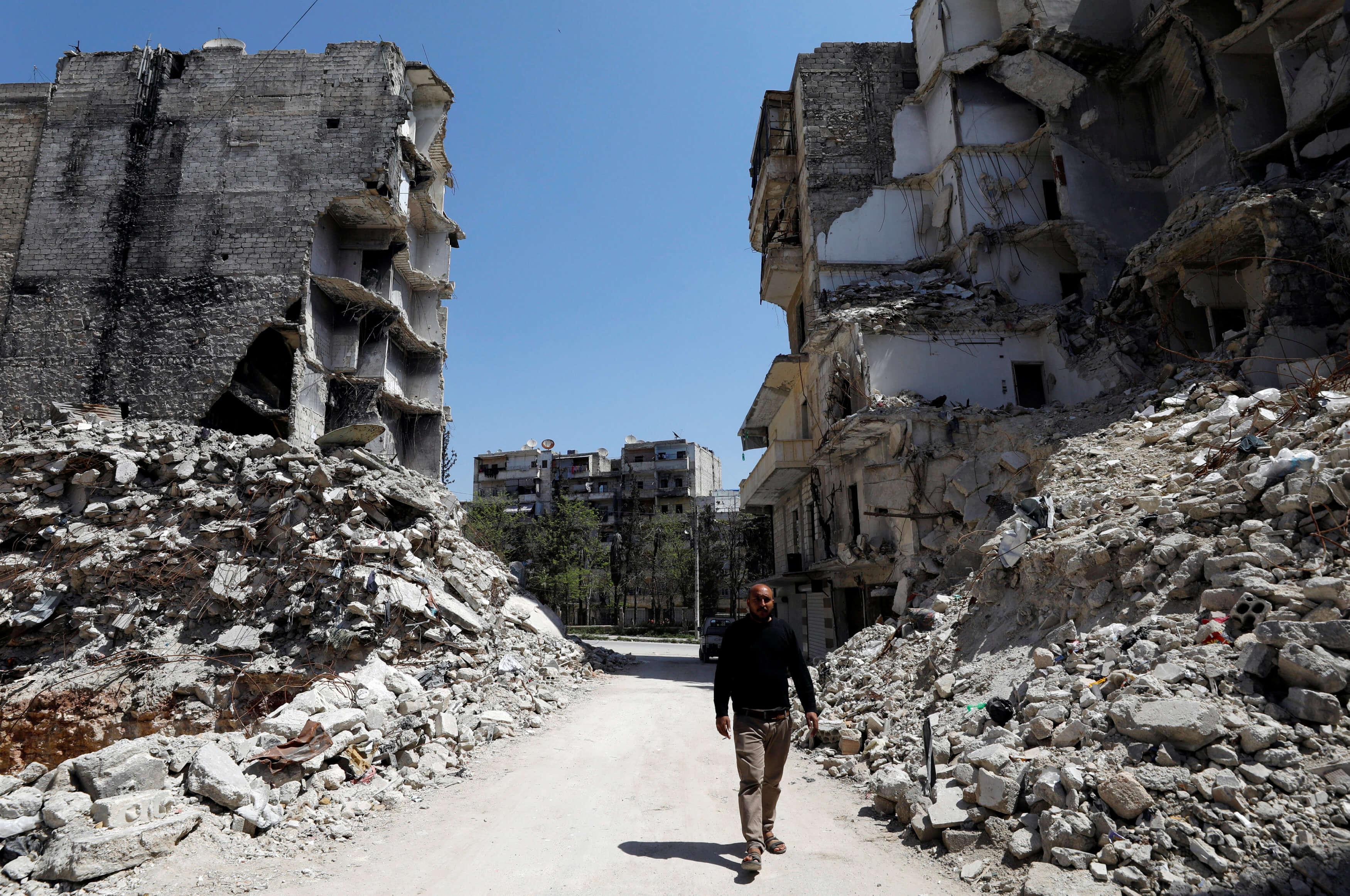 Με βομβαρδισμό απειλούν οι ΗΠΑ τη Συρία αν αποδειχθεί ότι έκανε και πάλι χρήση χημικών όπλων