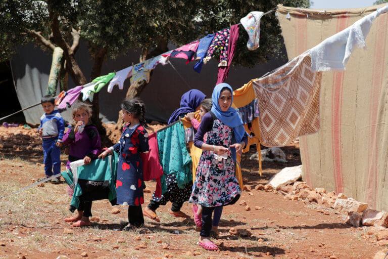 """Καλύτερες οι συνθήκες ζωής των παιδιών σε 173 χώρες λέει η οργάνωση """"Save the children"""""""