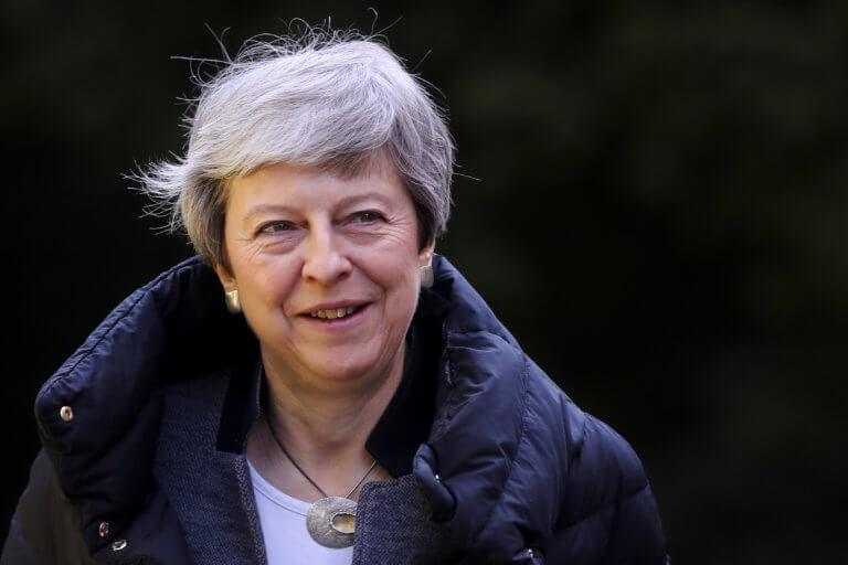 Brexit: Η Μέι δεν χρειάζεται να ορίσει χρονοδιάγραμμα για την αποχώρησή της