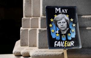 "Brexit: ""Η Τερέζα Μέι έπρεπε να είχε ήδη φύγει"" – Τι αποκαλύπτει πρώην στενός της συνεργάτης"
