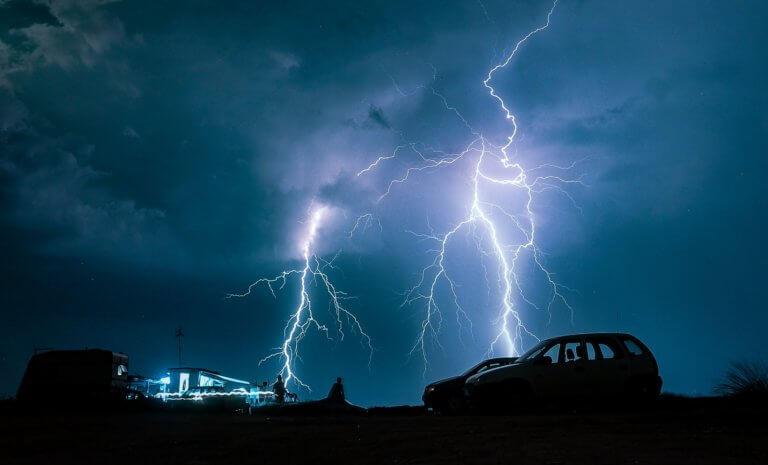 Καιρός: Έκτακτο δελτίο της ΕΜΥ! Βροχές και καταιγίδες ενόψει!