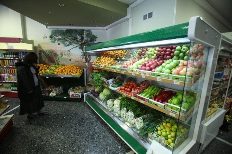 Σε αυτά τα τρόφιμα και υπηρεσίες αλλάζει ο ΦΠΑ!