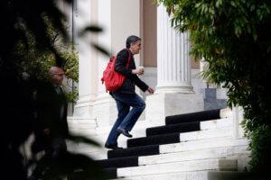Τσίπρας – Τσακαλώτος «κλειδώνουν» τα μέτρα ελάφρυνσης – Νέα συνάντηση στο Μαξίμου