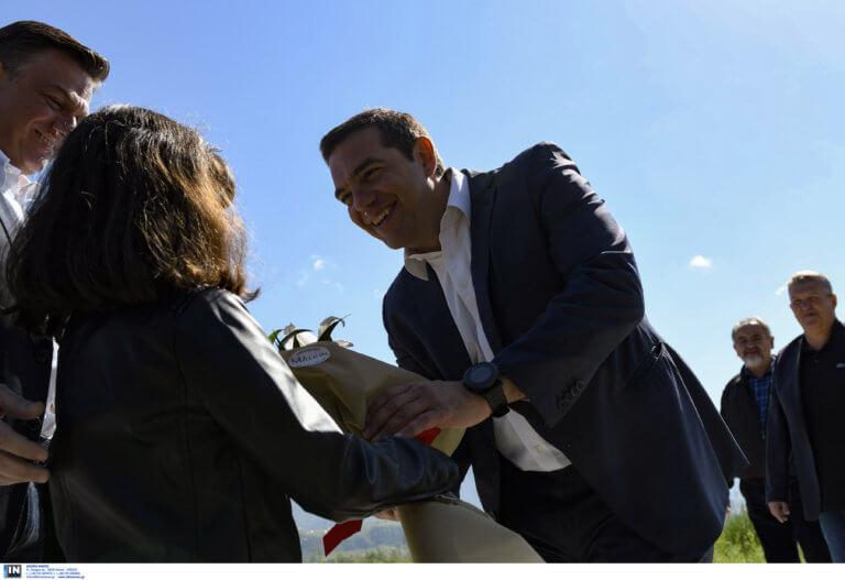 Τσίπρας: Καρέ καρέ η επίσκεψη στο νέο αεροδρόμιο Ιωαννίνων