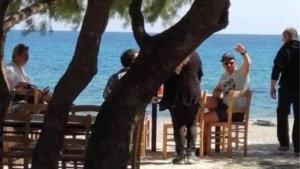 Τσίπρας – Πολάκης μαζί σε ταβέρνα στην Κρήτη [pic]