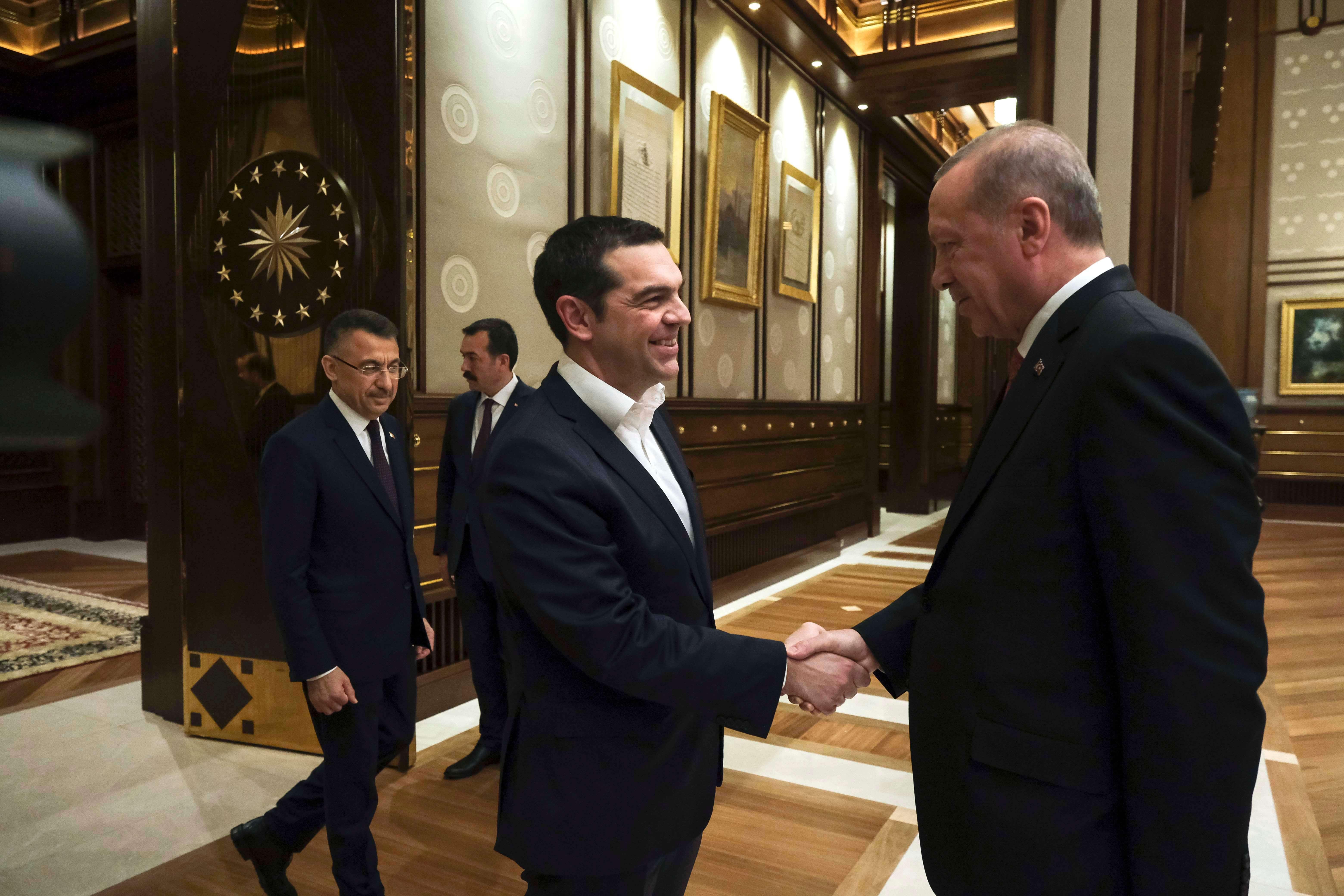 Τσίπρας σε Ερντογάν: Φεύγεις από την Κύπρο και σε βάζω στα ενεργειακά!