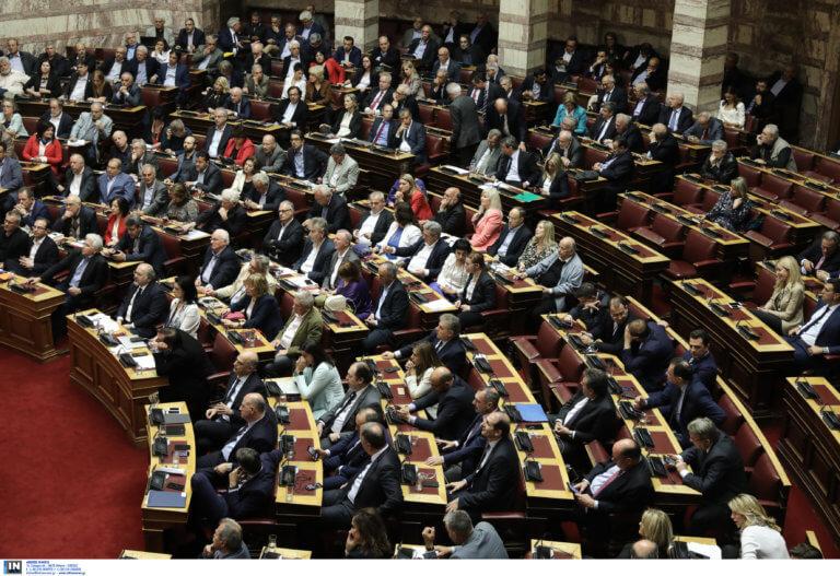 Βουλή: Με 153 ψήφους η Βουλή έδωσε ψήφο εμπιστοσύνης στην κυβέρνηση