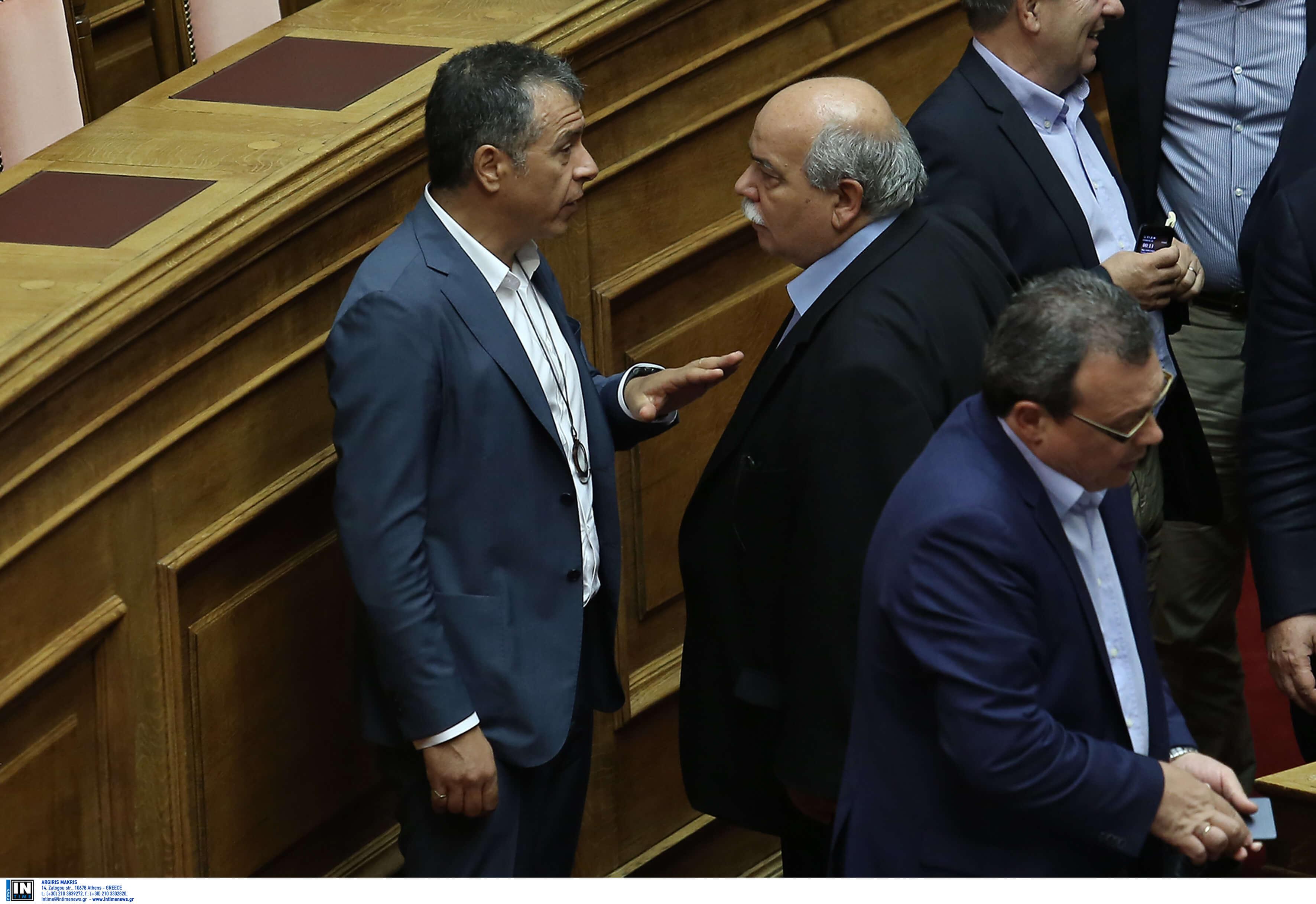 Ξανά αρχηγός κόμματος ο Σταύρος Θεοδωράκης