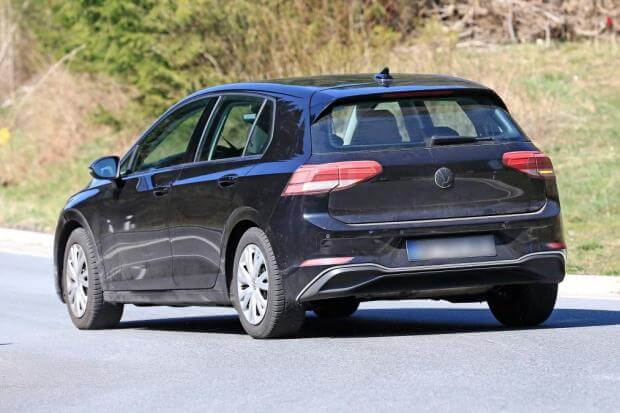 To νέο Volkswagen Golf αποκαλύπτεται πλήρως, μέσα έξω [pics]
