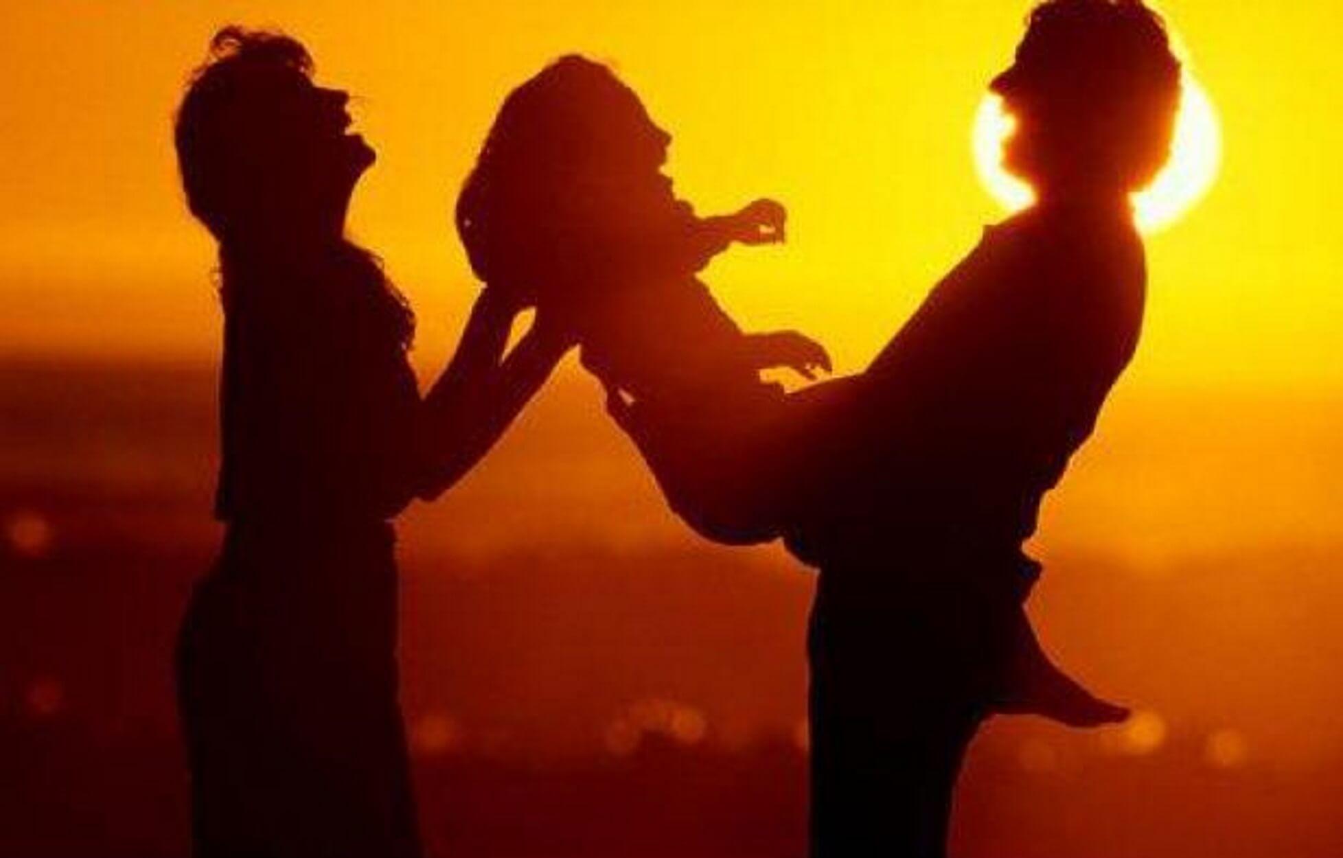 Νέες γονικές άδειες: Οι δικαιούχοι και οι εξαιρέσεις για γονείς πολύδυμων τέκνων