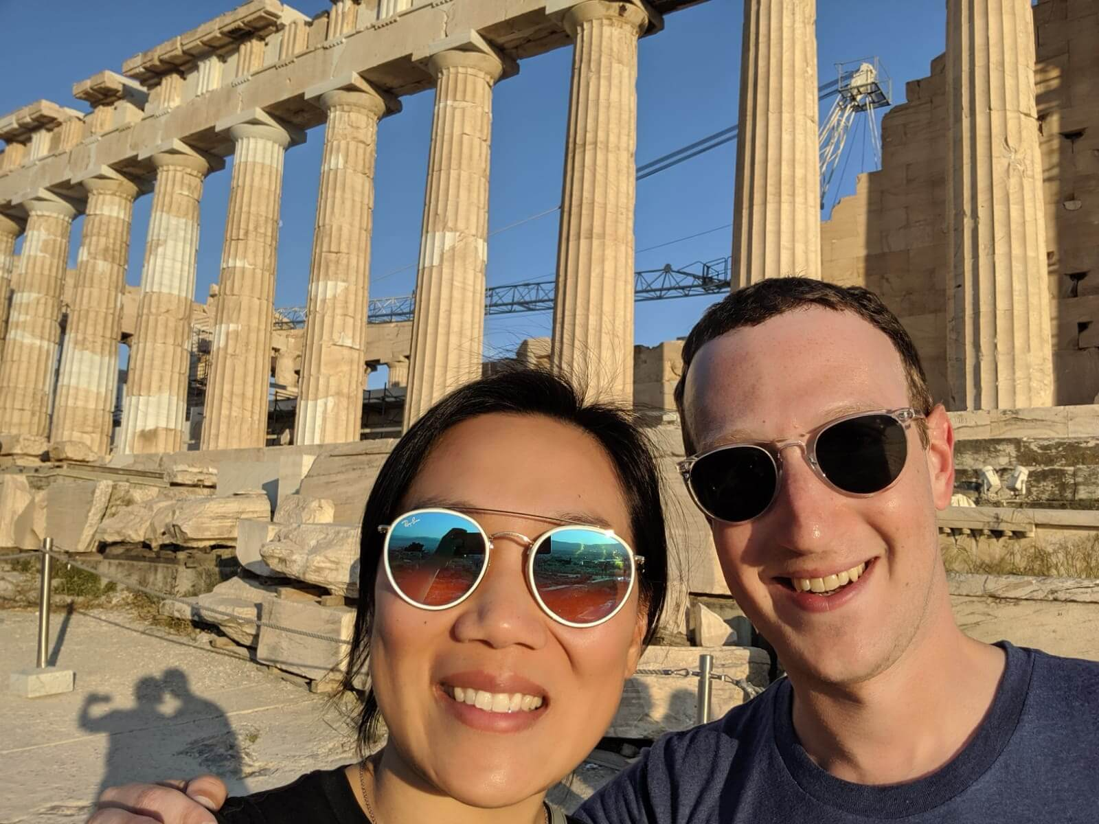 Mark Zuckerberg: Έκανε check in στην Ακρόπολη!