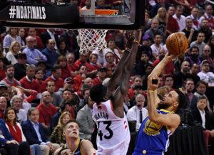 NBA: Break των Γουόριορς στο Τορόντο! Απόλυτο φαβορί για τον τίτλο – video