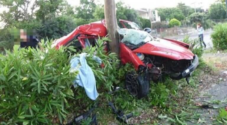 Καλαμάτα: Νεκρός 22χρονος σε τροχαίο στη Νέα Είσοδο [pics]