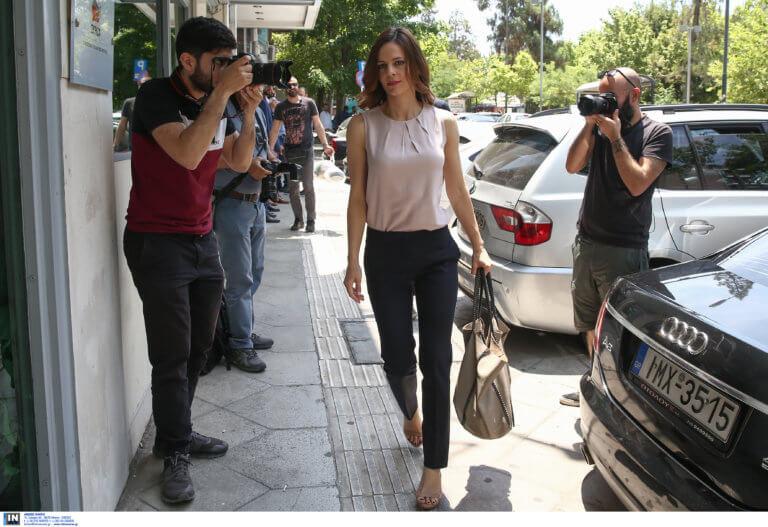 ΝΔ: Η Αχτσιόγλου έχασε την ψυχραιμία της μόλις αποκαλύφθηκαν τα fake news της